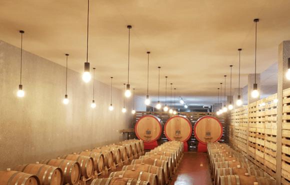 Illuminazione locali invecchiamento vino cantina